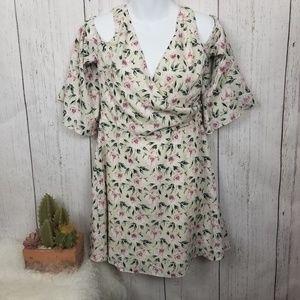 NWT Esley flower dress size medium